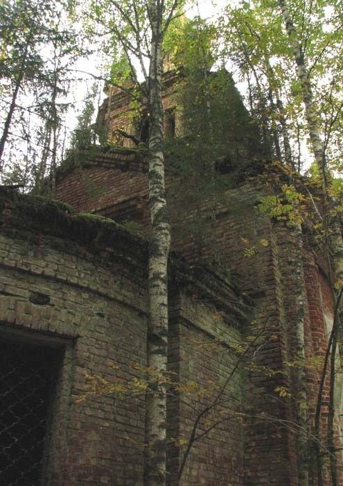 Алтарная апсида Никольской церкви.