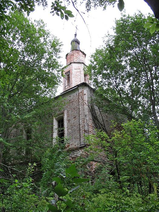 Основной объём Казанской церкви.