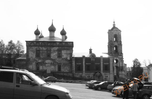 Рязанская область, г. Касимов. Церковь Успения Пресвятой Богородицы . Осень 2012.