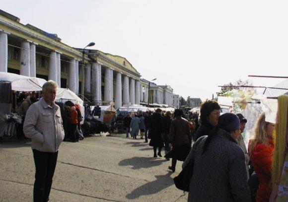 Рязанская область, г. Касимов. Торговые ряды. Осень 2012.