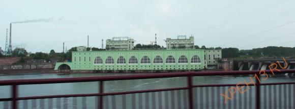 Волховская ГЭС Старейшая действующая ГЭС в России (1927 г.), построена по проекту инженера Г.О. Графтио. Здание станции выполнено в стиле конструктивизма.