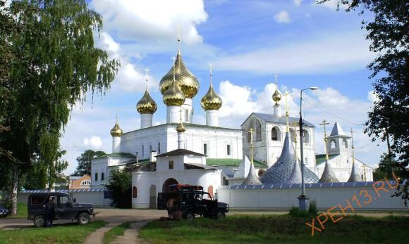 Воскресенский Угличский мужской монастырь.