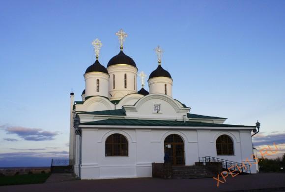 Владимирская область, г. Муром, Спа́со-Преображе́нский монастырь. Осень 2013.