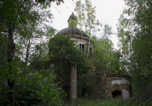 Тверская обл., Кашинский р-н, д. Клюкино (погост Тереботунь). Лето 2014.
