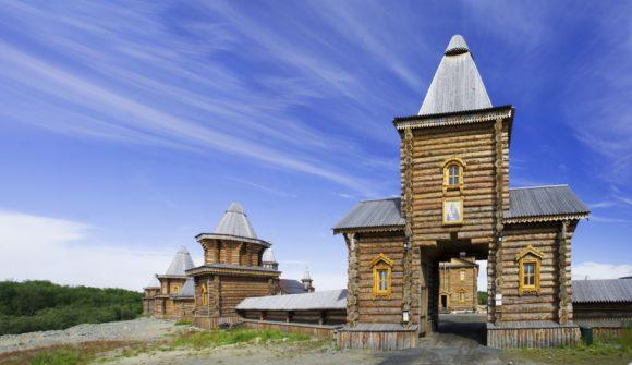 Мурманская обл., Печенгский р-н, пос. Луостари. Печенгский монастырь. Лето 2014.