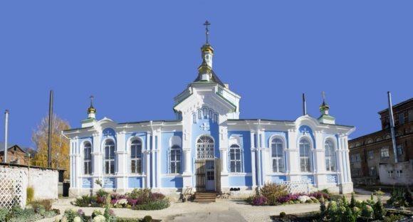 Церковь Иконы Божией Матери Милостивая - единственный действующий храм обители. Он возведен в стиле эклектики в 1852-1857 гг. Закрыт не позже 1930-х, колокольня сломана. В 1993 возвращён верующим, отремонтирован.