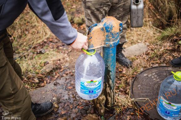 Ставший традиционным утренний набор воды.