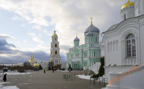 Нижегородская область Дивеевский район, с. Дивеево. Осень 2014.