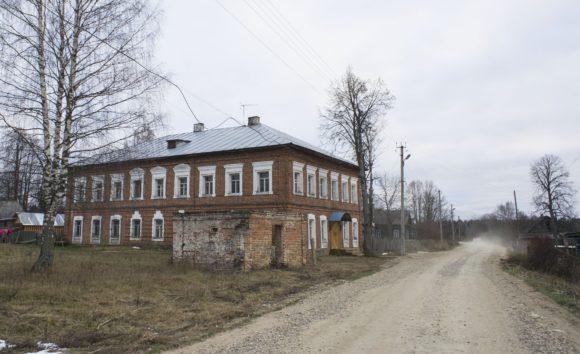 Костромская обл., Чухломский р-н, с. Введенское. Осень 2014.