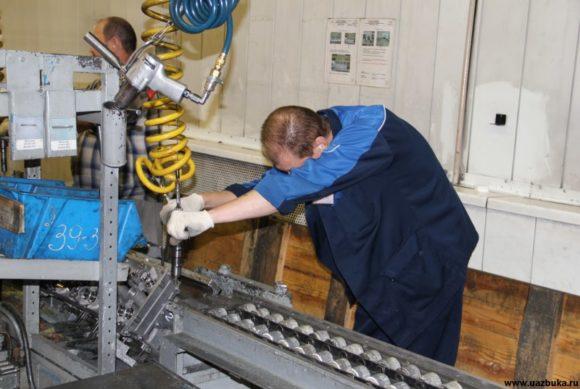 Операция подсбора головки блока цилиндров для двигателя ЗМЗ 40905.10