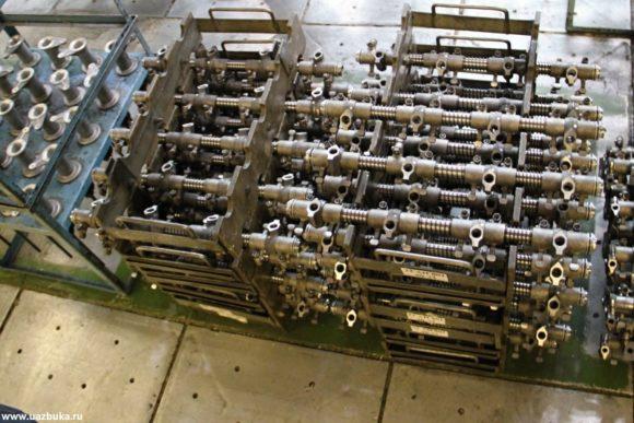Ось коромысел в таре для двигателей ЗМЗ 52342.10