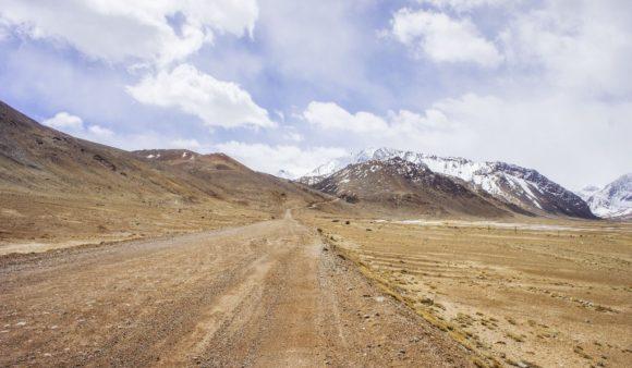 Таджикистан. Горно-Бадахшанская автономная область. Памирский тракт. Весна 2016.