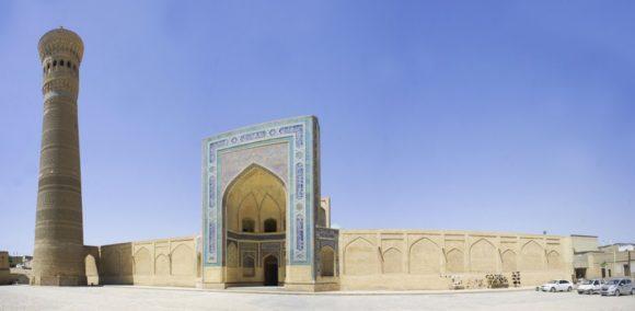 Мечети Калян (Маджид-и калан) лавная соборная мечеть Бухары. 1514