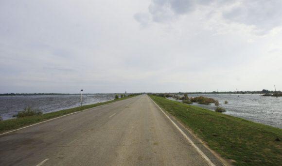 Астраханская область встретила потопом.