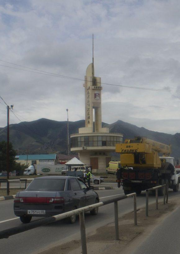 Транзитом проезжаем столицу Дагестана - Махачкалу.