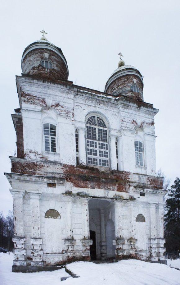 Храм получился высотой около 42-х метров.