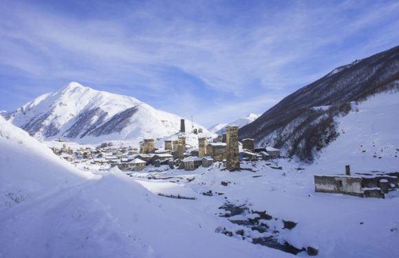Будучи расположено на высоте 2200 м над уровнем моря, село Ушгули считается самым высокогорным постоянным поселением в Европе. Находится на южном склоне Шхары, одной из высочайших гор Большого Кавказа, в верховьях реки Ингури. В Ушгули проживает около 70 семей (до 200 человек), имеется школа. 6 месяцев в году окрестности покрыты снегом и дорога в районный центр Местиа часто бывает перерезана.